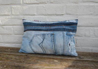 Stoer denim jeans kussen