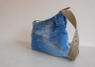 jeanstas achterzijde