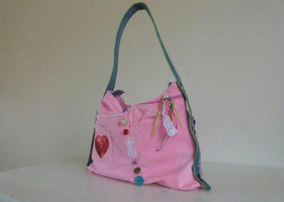Roze tas gerecycled jeans achterzijde