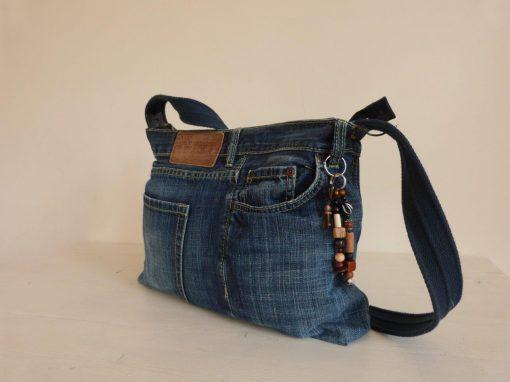De Ellizz-bag: Jeanstas met blauw katoenen draagband