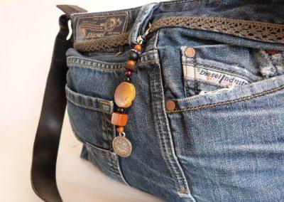 jeanstas zwart leer detail
